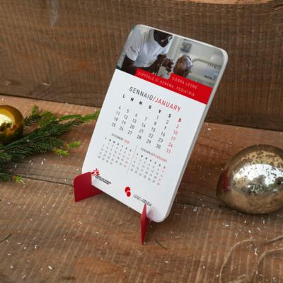 Calendario solidale da tavolo 2022